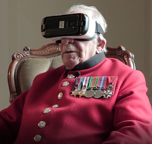 WWII veteran Frank Mouqué using VR for first time